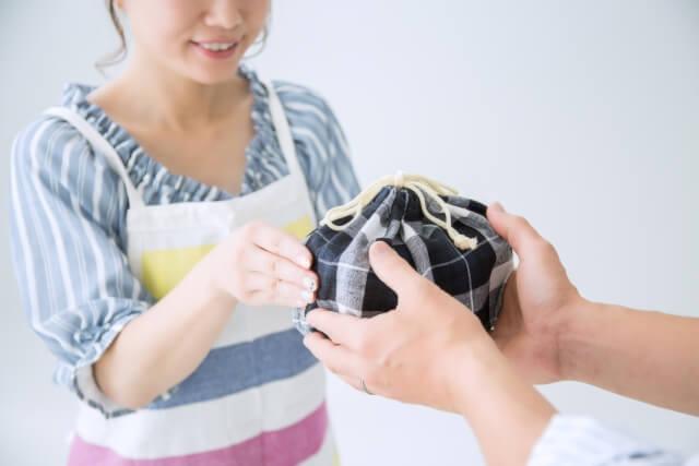 新婚生活で毎月かかる費用はいくら?
