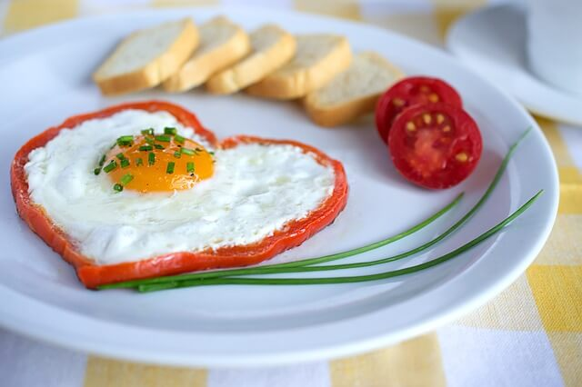 卵の栄養とは?卵の栄養成分や白身のみの栄養価、卵の栄養効果も