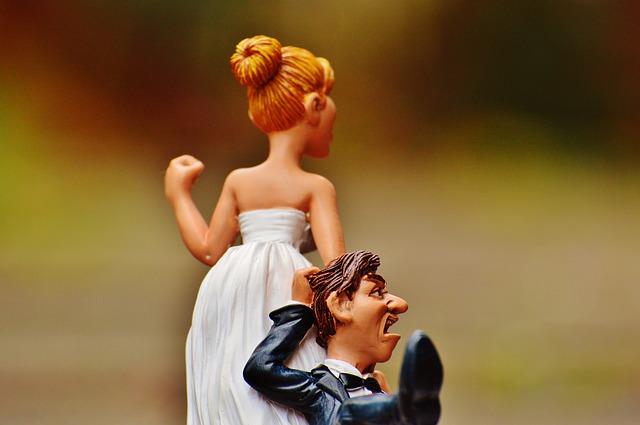 結婚前に浮気をする男性心理