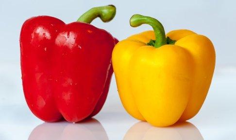 パプリカの栄養って?色によって違いはあるの?パプリカの栄養価や美味しいレシピ