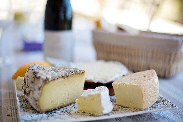 チーズの糖質はどれくらい?