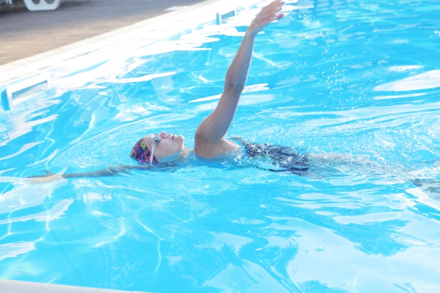 水泳の消費カロリーはダイエット向き?
