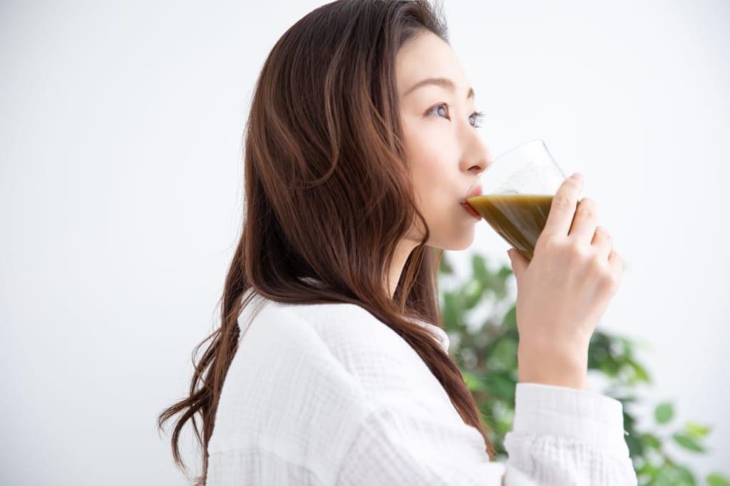 青汁ダイエットはなぜ痩せる?フルーツ青汁も効果あり?おすすめのやり方・飲み方