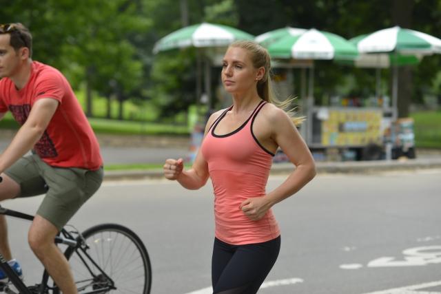 自転車とランニングはどちらが消費カロリーが高い?