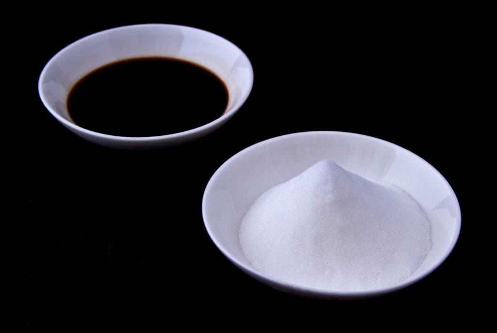 醤油や味噌…定番調味料の糖質は?