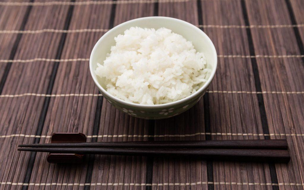 日本人と言えば、やっぱりご飯!ご飯・パンの糖質量は?