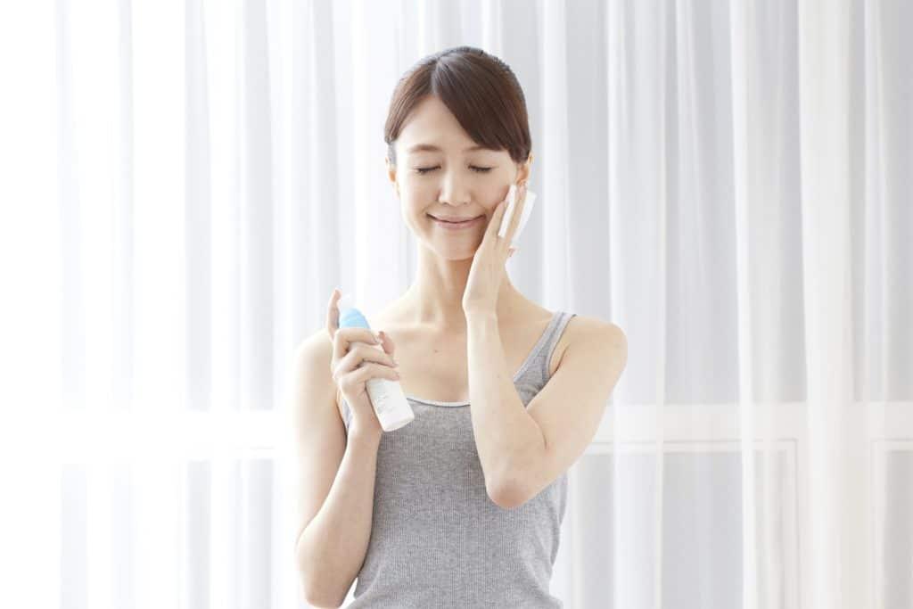 収れん化粧水にはどんな効果があるの?