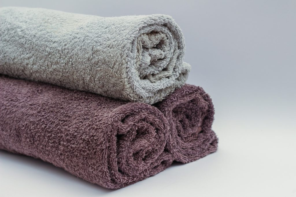 蒸しタオルがすぐ冷めるときはどうしたらいい?温かさを保つコツって?