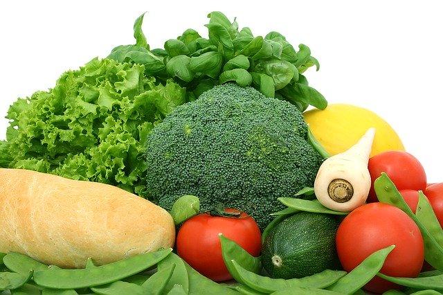 キャベツやトマトは?定番野菜の糖質量とカロリーが知りたい!