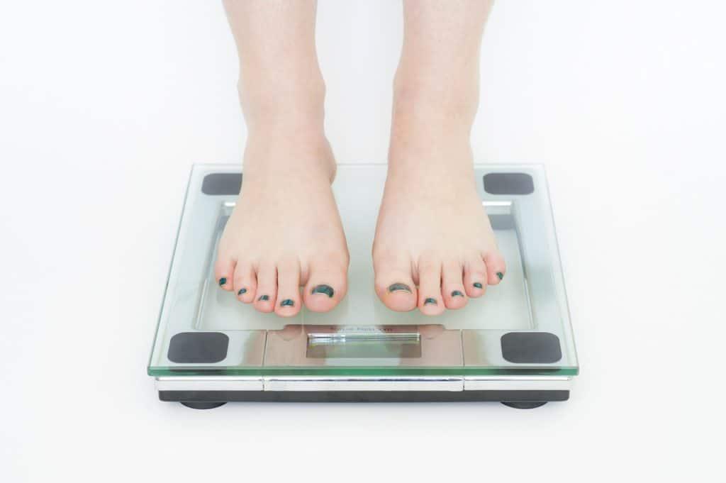 妊娠する前の準備①体重を落としておく