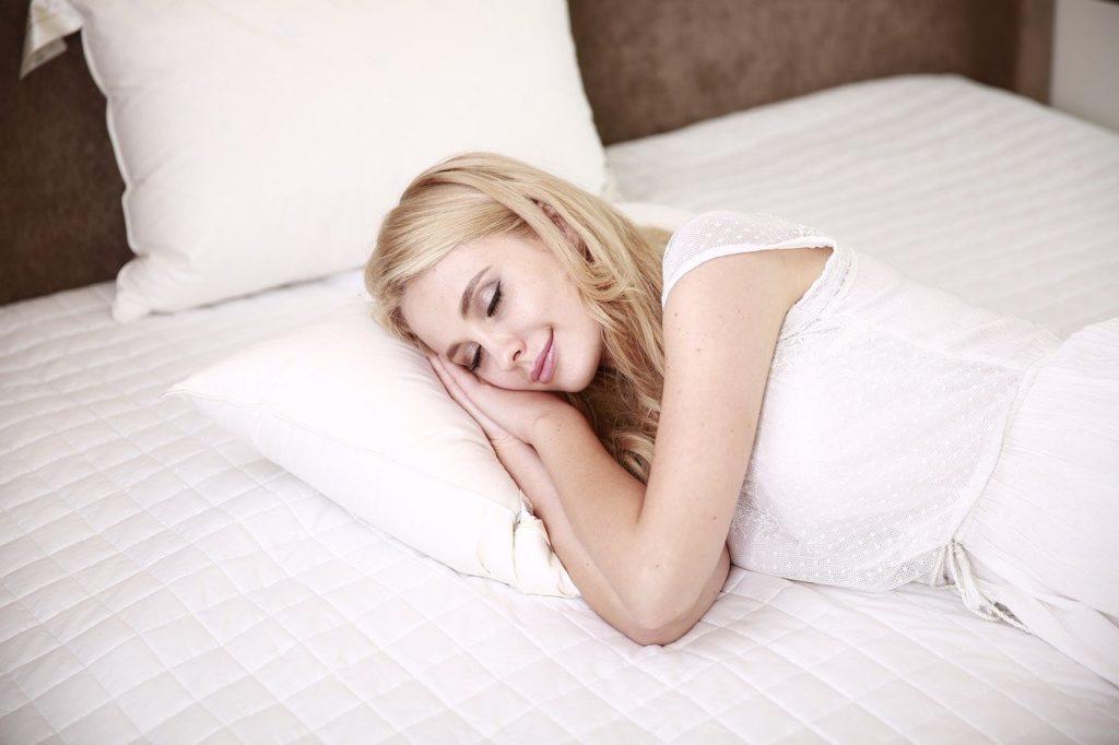 体と睡眠の関係!カロリーは消費される?