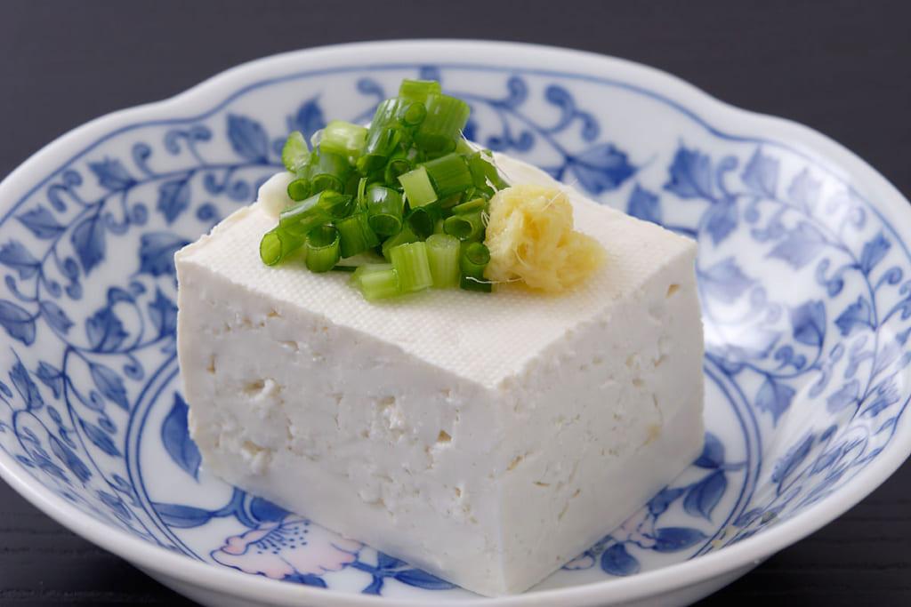カロリーだけじゃない!豆腐の糖質や脂質は?