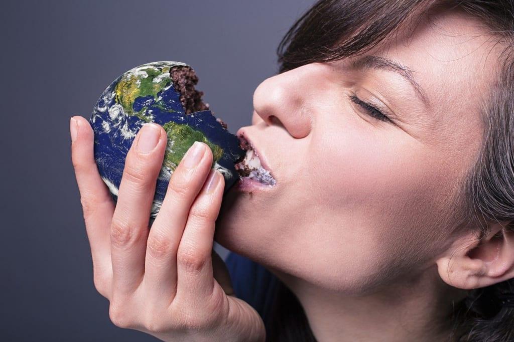 食べても太らない人って何が違う?その特徴から習慣までを徹底解剖!