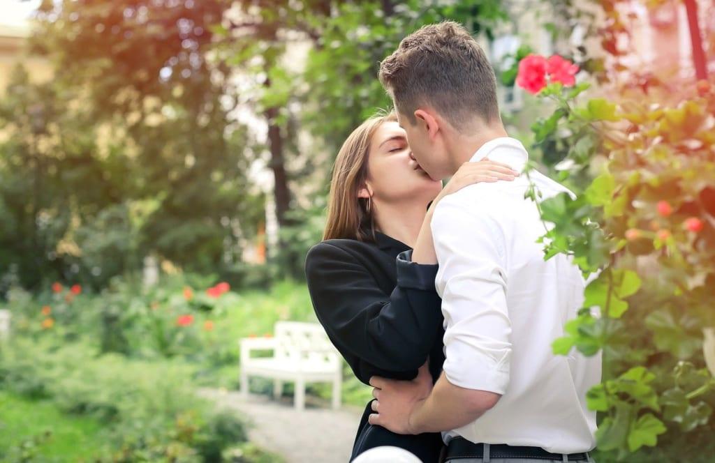 3.セックス中もキスの回数が多い