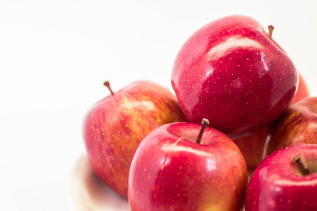 リンゴの効果まとめ!効果的な食べ方は夜?朝?毎日食べてもいいの?