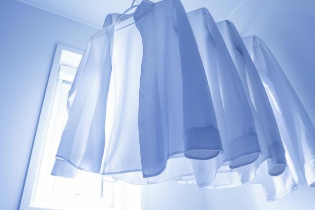レーヨンの服を縮めない乾かし方