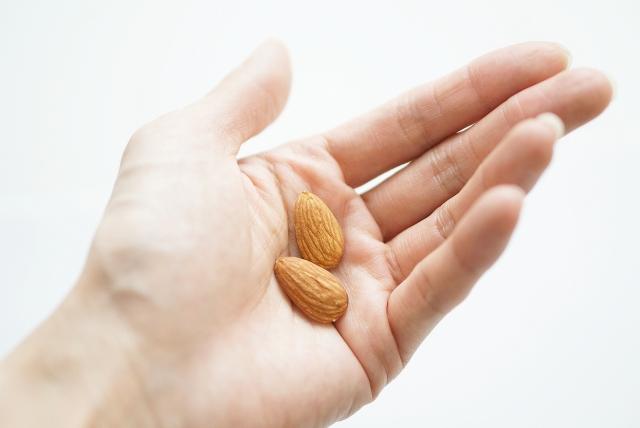 アーモンドの効果的な食べ方