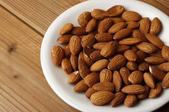 アーモンドの食べ過ぎによる体への影響-2