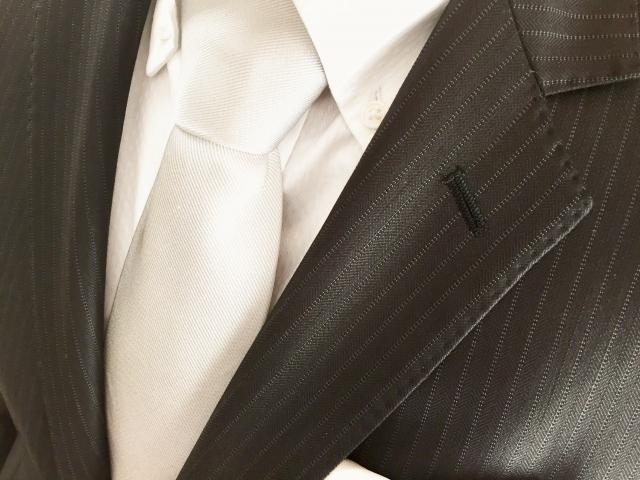 レーヨン100%だけでなく、レーヨン+ポリエステル素材の服も洗濯しにくい