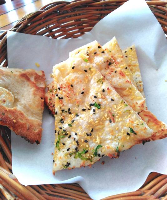 チーズナンのカロリーと他のナンやパンのカロリーを比較!