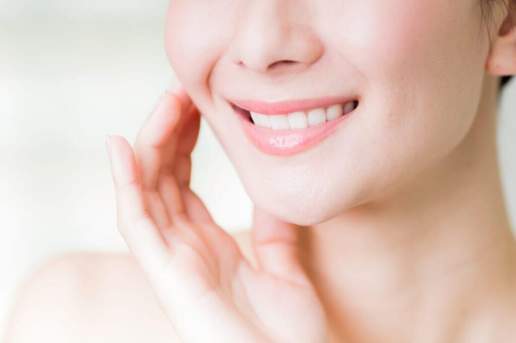 ホワイトニング後に食事制限が必要!?白い歯を保つための対処法