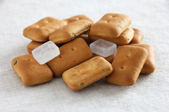 乾パンに氷砂糖の理由