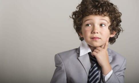 「ネクタイをプレゼントする」に意味がある?!ネクタイの選び方とは