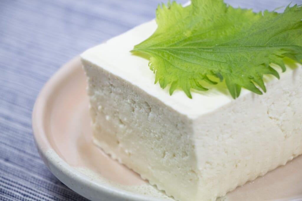 賞味期限内でも注意!食べられない豆腐の特徴