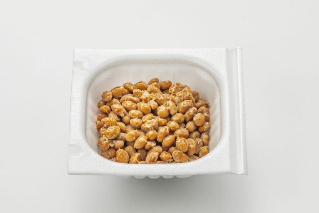 納豆の賞味期限とは?そもそも腐ってるの?