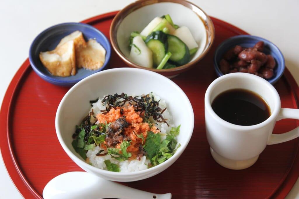 ダイエット中は朝食をとるべき!朝食のダイエット効果とは