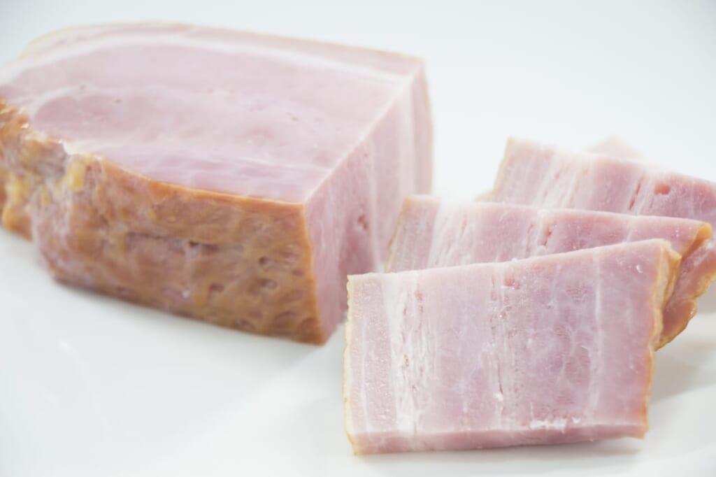 ベーコンの賞味期限切れは食べられる?賞味期限と保存方法